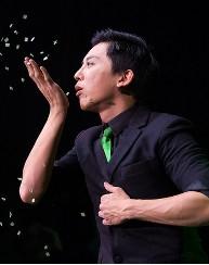 MikeChao - Roncalli Storyteller